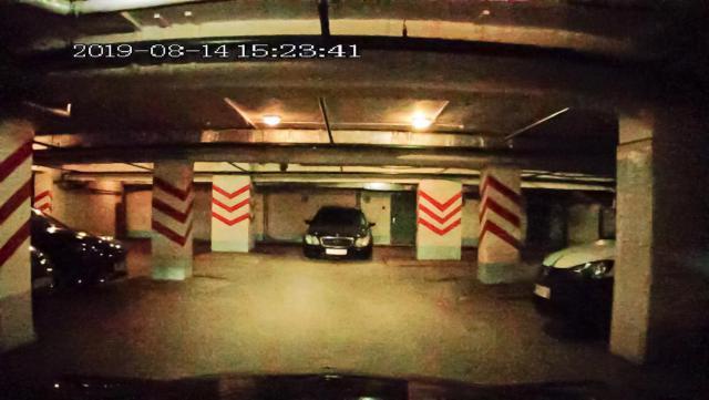 Подземная парковка отеля Азимут-a.jpg